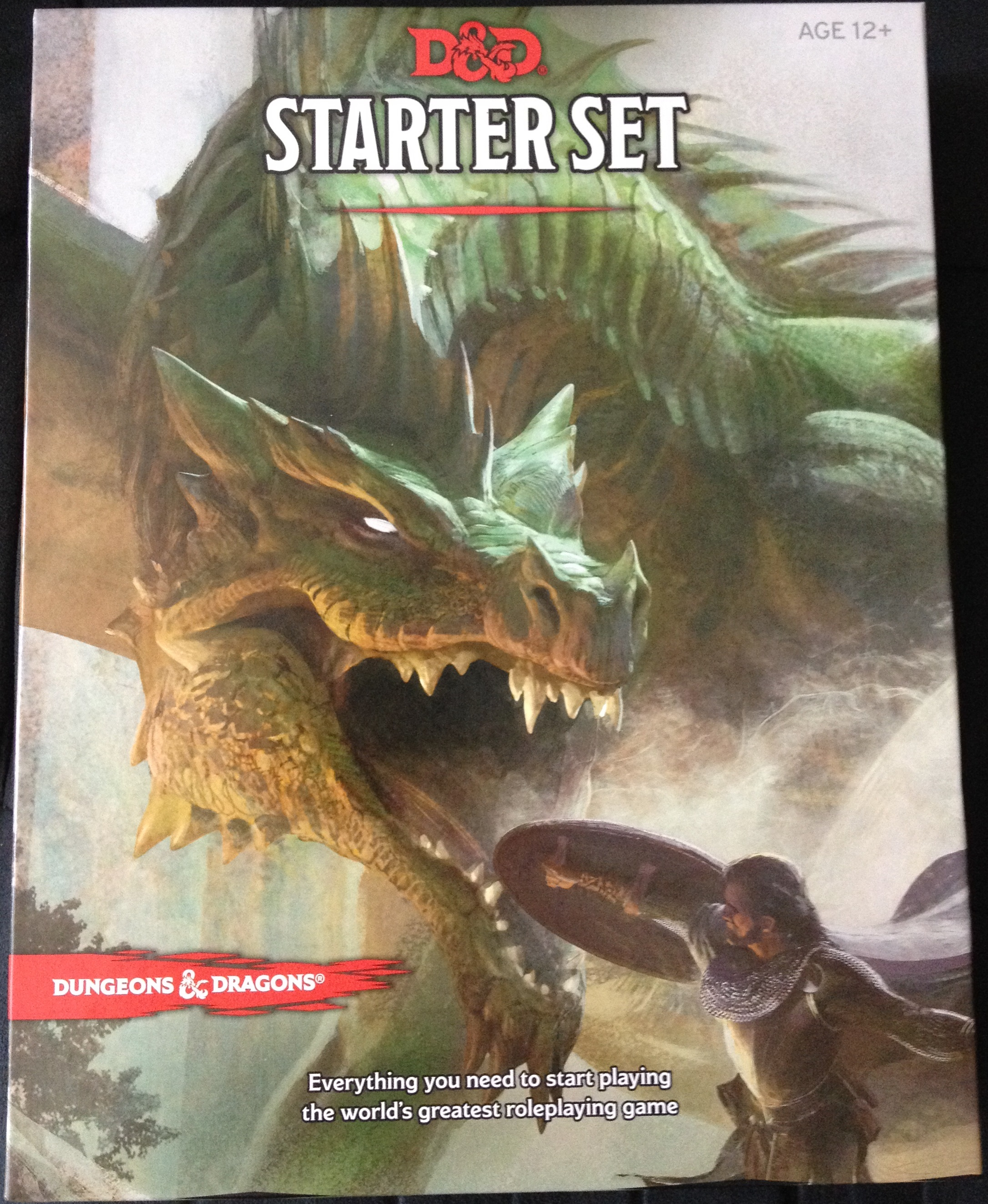 Unboxing the D&D Starter Set (Dungeons & Dragons Fifth